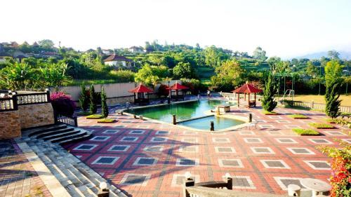 Puri Bening Lake Front Hotel