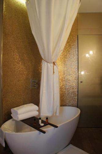 Tonic Hotel Saint Germain des Prés