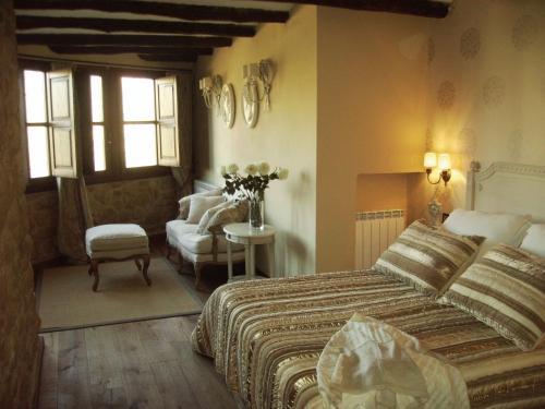 Suite Hotel Real Posada De Liena 1