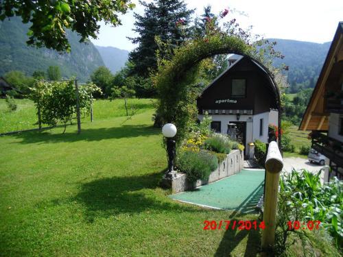 Holiday Home Pri Srni, Бохинское озеро
