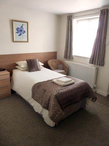 The Winsford Lodge - Photo 6 of 17