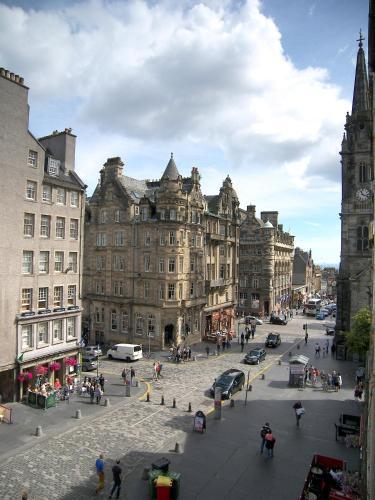 Royal Mile, Edinburgh - 2 Bedroom Apartment