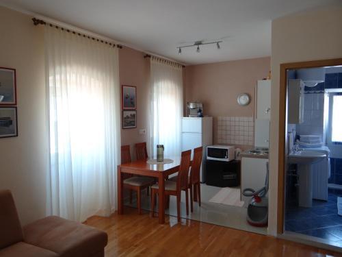 Apartment Pavešic 1