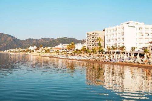 Sunprime Beachfront Hotel(a La Carte All Inclusive-adult Only)
