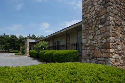 Luray Caverns Motels