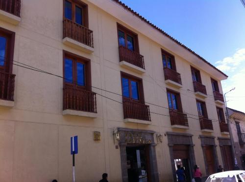 Picture of Hotel Universo