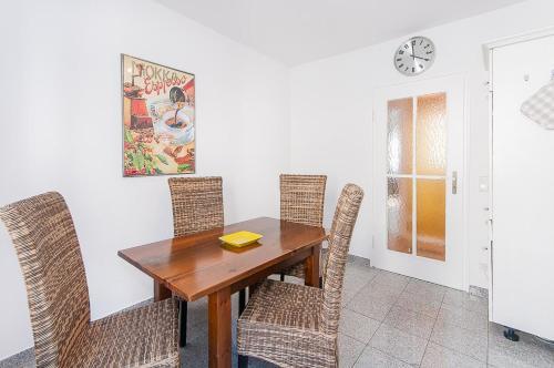 Glockenbach Apartment photo 9