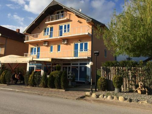 Find cheap Hotels in Kosovo