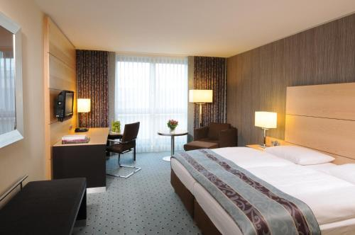 Maritim Hotel Düsseldorf photo 22