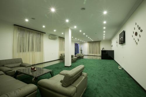 Отель Amber