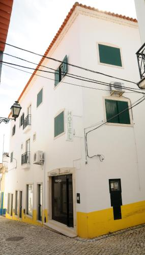 More about Hotel A Cegonha