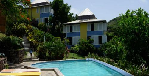 Find cheap Hotels in Saint Vincent and the Grenadines