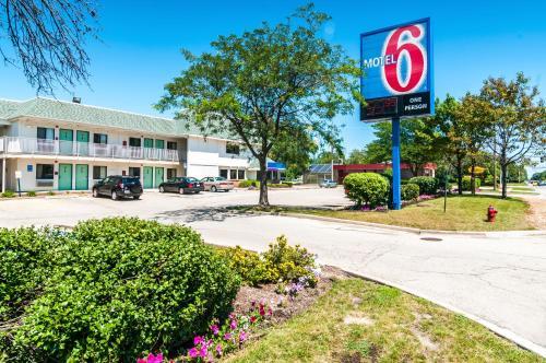 Motel 6 Chicago O'Hare - Schiller Park IL, 60176