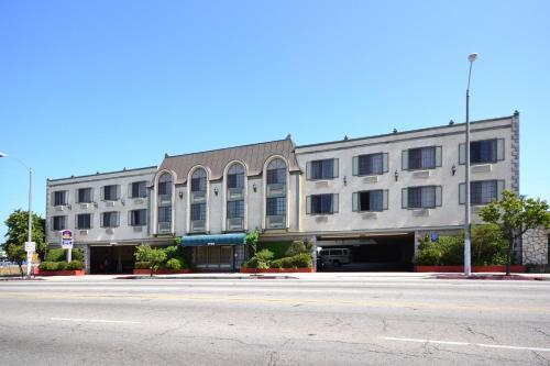 BEST WESTERN Airport Plaza Inn CA, 90302