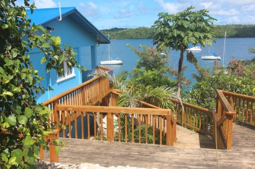 Boathouse Apartments, Neiafu
