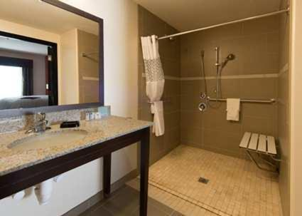 ➦  Hilton Worldwide    (New Mexico) customer rating