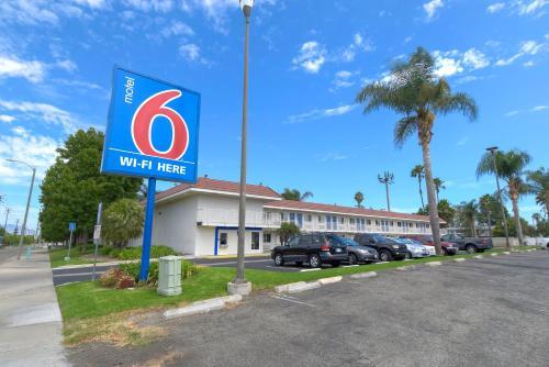 Motel 6 Costa Mesa CA, 92626