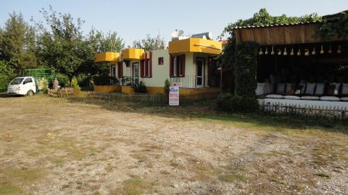 Uygar Motel