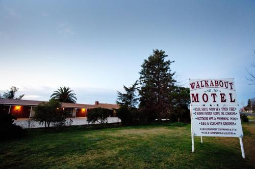 Walkabout Motel