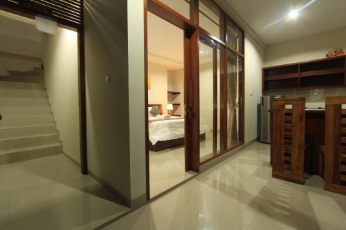 Mahanadewi Villa