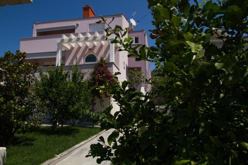 Apartment Ika