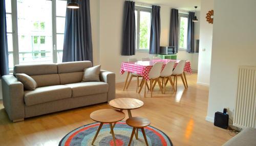 Apartment Tour & Taxis 2