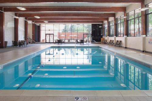 DoubleTree by Hilton Denver -  star rating for travel with kids