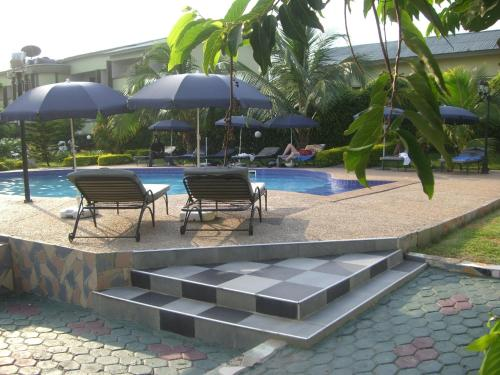 Picture of Wadoma Royale Hotel