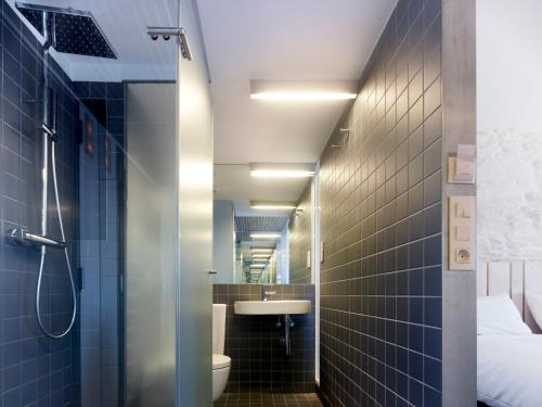 Double or Twin Room Moure Hotel 5