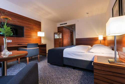 Maritim Hotel München photo 17