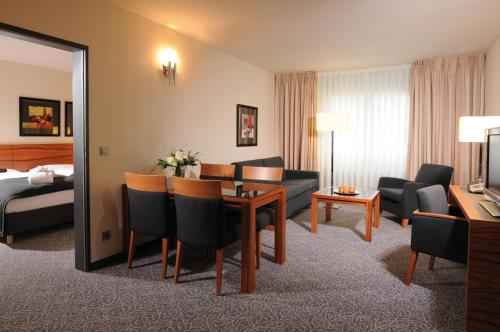Maritim Hotel München photo 20