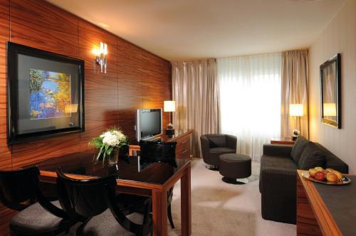 Maritim Hotel München photo 7