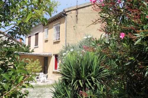 Maison au calme 4 couchages � Avignon