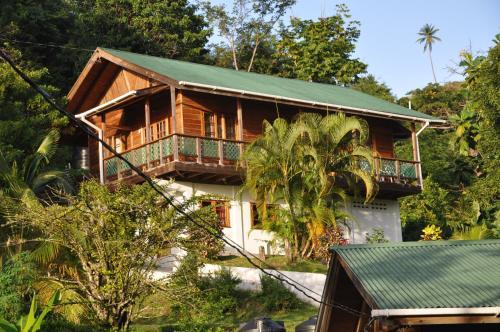 Castara Villas, Castara