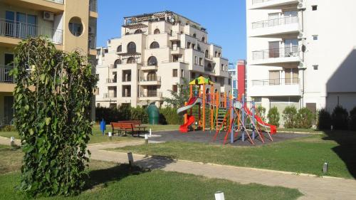 New Estate Apartment Polo Resort