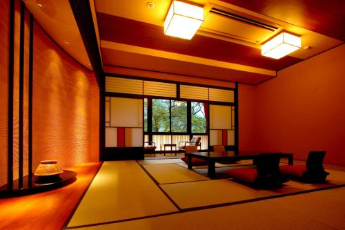 スーペリア 和室 (Superior Japanese-Style Room)