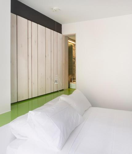 Double or Twin Room Moure Hotel 7