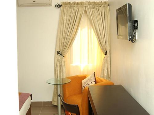 Suru Express Hotel, Lagos