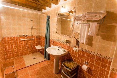 Double Room - Disability Access Casa do Merlo 4