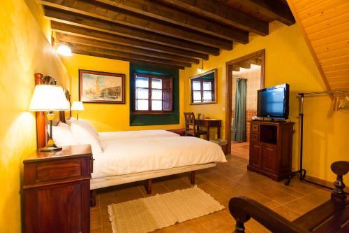 Double Room - Disability Access Casa do Merlo 1
