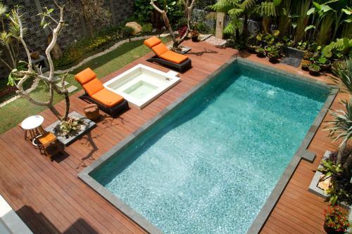 D Green Villa Lembang front view