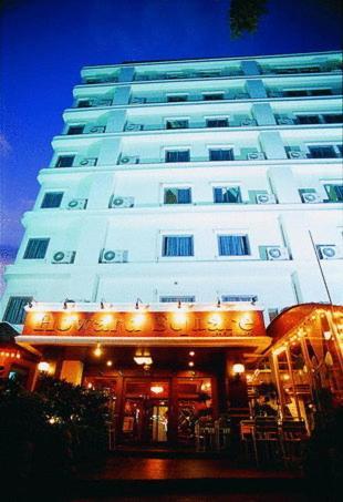 Отель Howard Square Boutique Hotel 3 звезды Таиланд