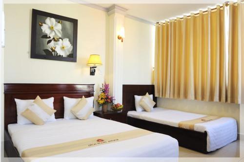 Beautiful Saigon Hotel front view