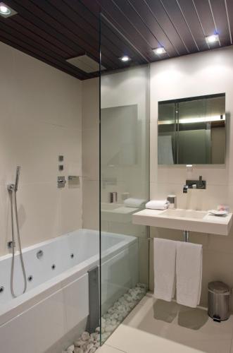 Habitación Doble - 1 o 2 camas Hotel Museu Llegendes de Girona 4