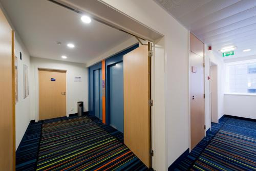 Holiday Inn Express Antwerpen City North photo 12