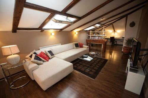 Apartment Attic Centre