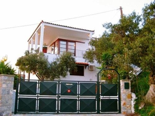Xanemos Villa front view