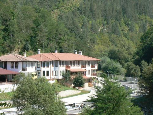Fisherman's Hut Family Hotel