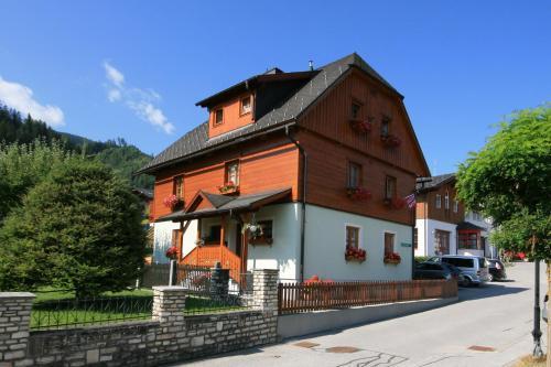 Haus Meissnitzer - Apartment mit 2 Schlafzimmern mit Balkon