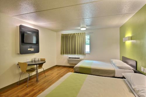 Motel 6 Boston North Danvers